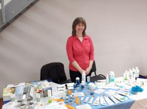 Karoline Schweitzer und Just Produkte